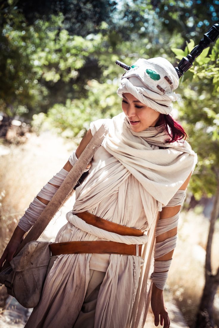 The Force Awakens , Rey Cosplay by The Stylish Geek