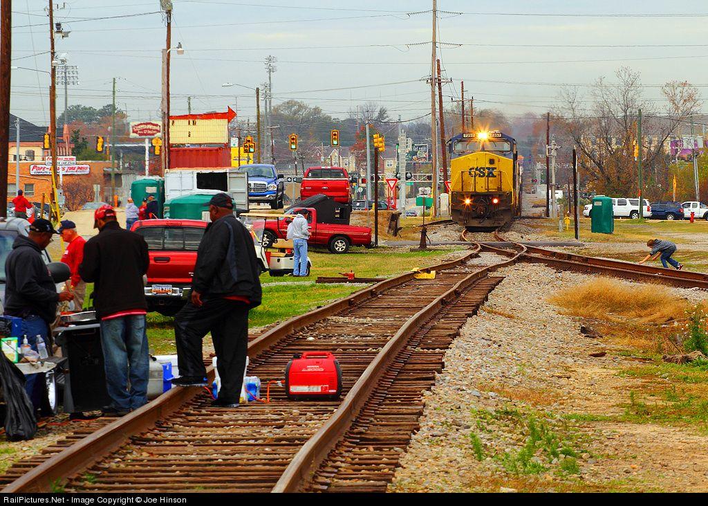 RailPictures.Net Photo: CSXT 7357 CSX Transportation (CSXT) GE C40-8W (Dash 8-40CW) at Columbia, South Carolina by Joe Hinson