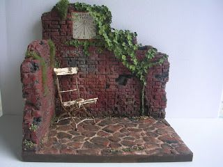 Look at this beautiful setting; at the website Miniaturas Kriana which is, unfortunately, written in Spanish.