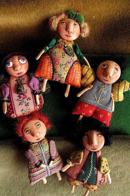 Chelovebriki and friends
