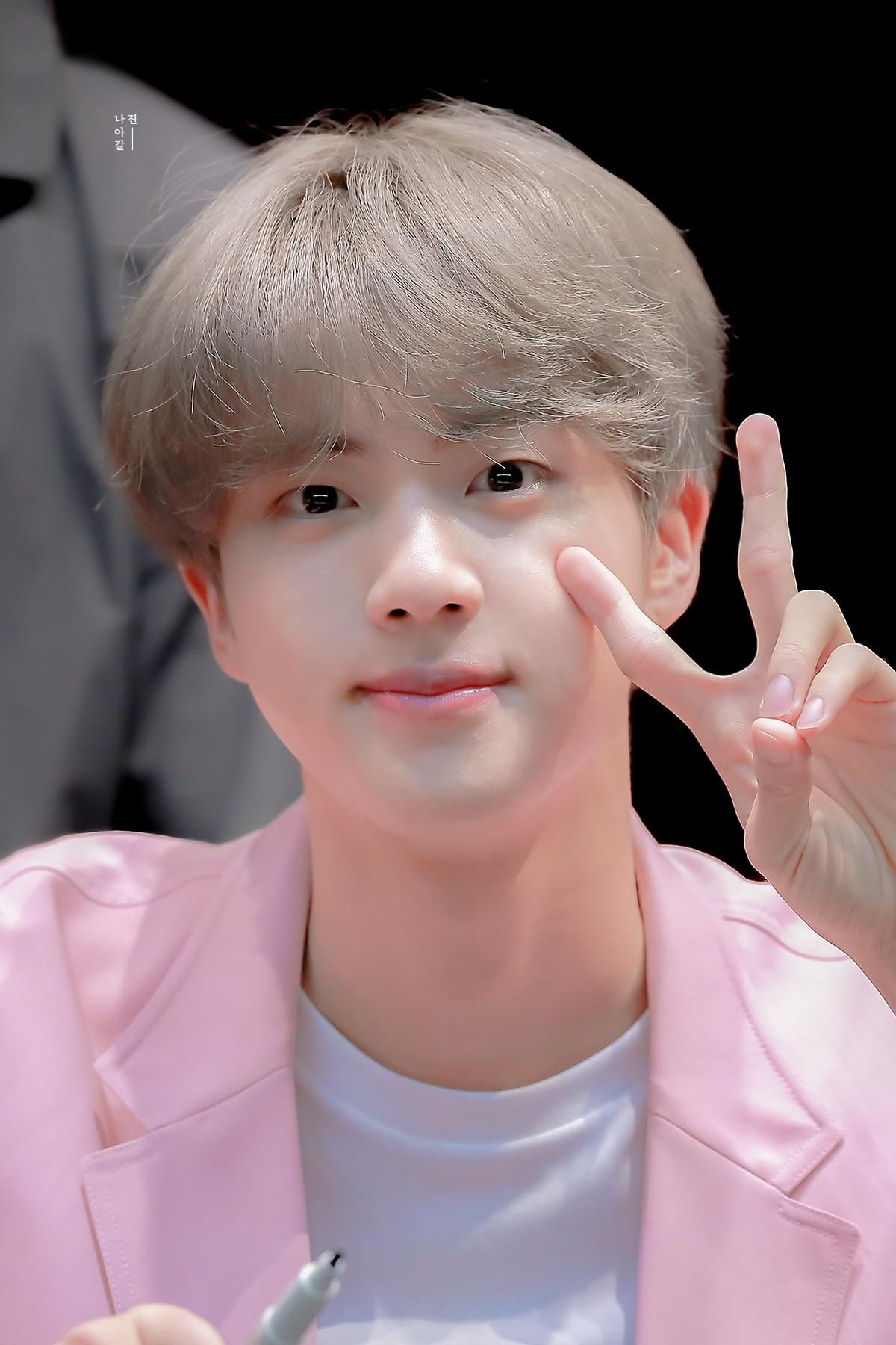 나아갈진 on Twitter #kimseokjin