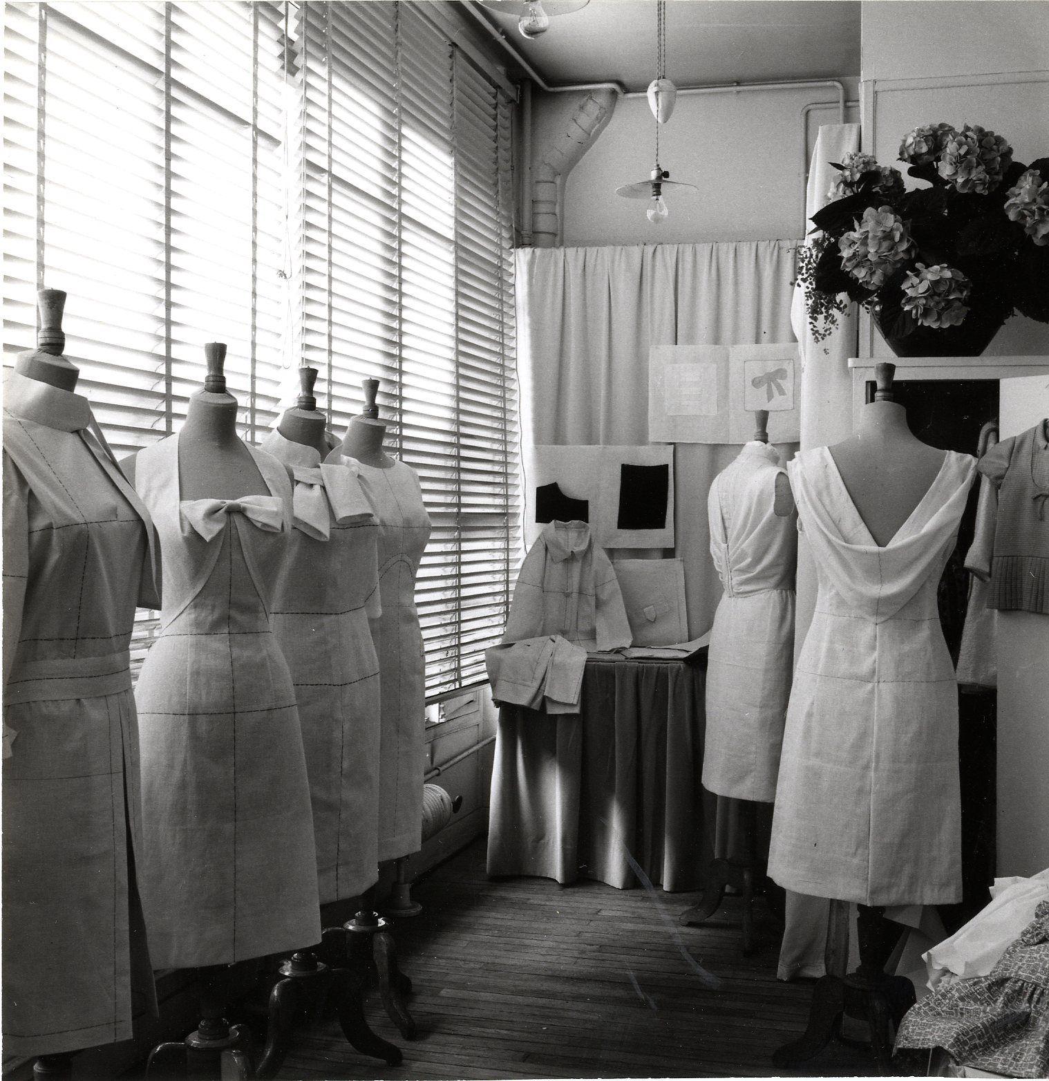 histoire cole de mode paris ecole de la chambre syndicale de la couture parisienne. Black Bedroom Furniture Sets. Home Design Ideas