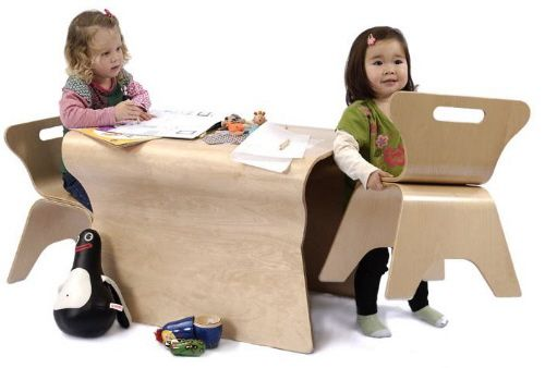 I desperately want this but where is it from and who made it????  It's the otto bloom table!