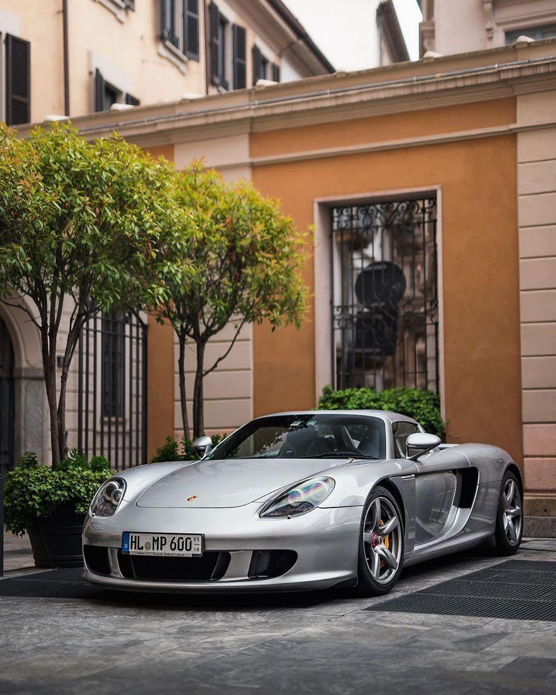 Pin By Lcss On Cars In 2020 Porsche Porsche Carrera Gt Best Luxury Cars