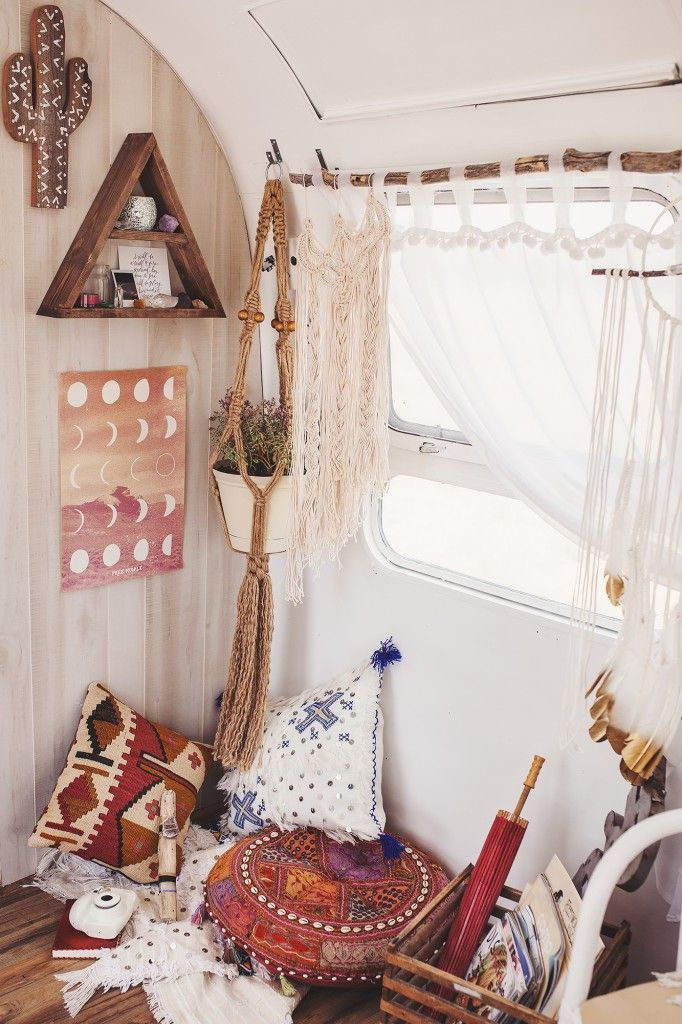 Room Free your Wild  Beach Boho Living Space Bedroom