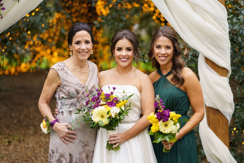 Brye Brett S Endearing Wedding At The Houstonian Hotel In Houston Tx In 2020 Houston Wedding Photographer Family Wedding Photos Outdoor Wedding Inspiration