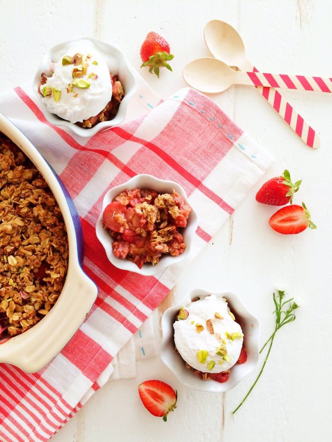 Strawberry Rhubarb Crisp – Homegrown Provisions