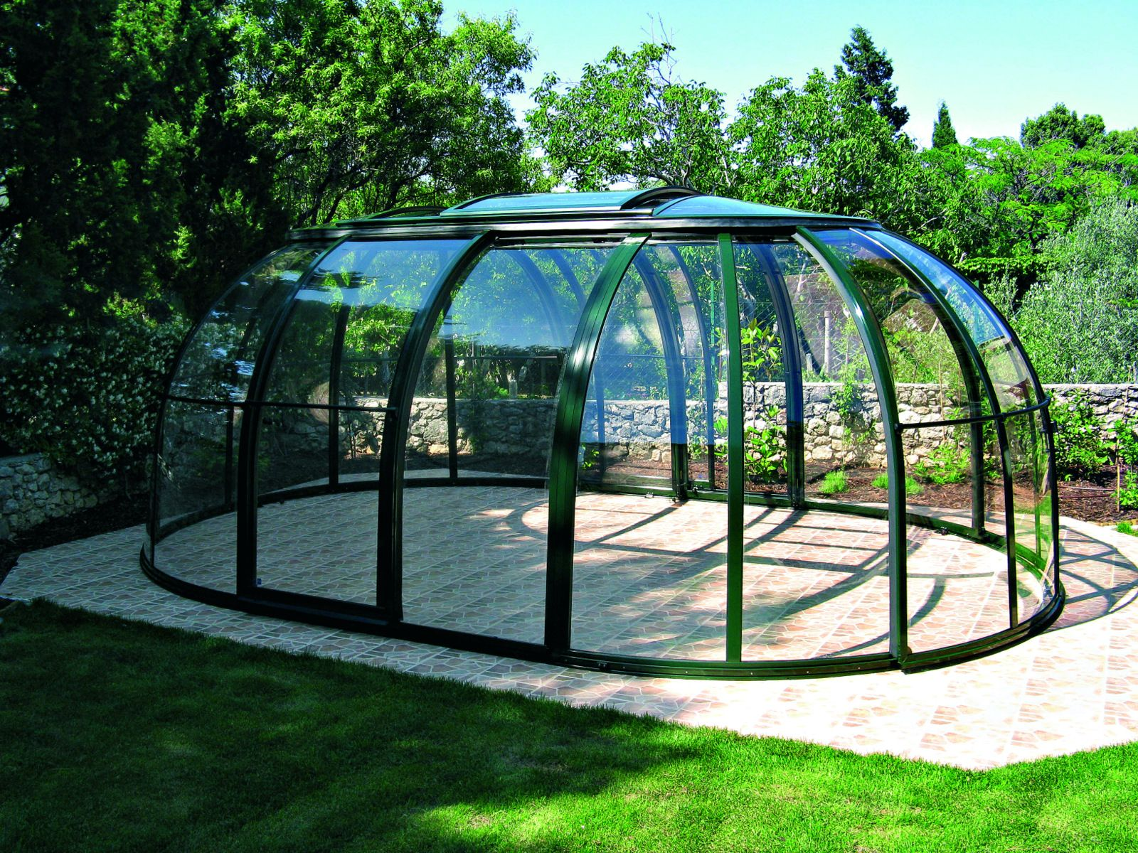SUNHOUSE hot tub enclosure can be used as a shed for your car ...