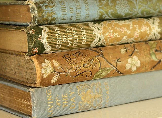 ~ love old books <3