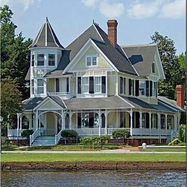 Beauty In 2019 Victorian Homes House Wrap Around Porch