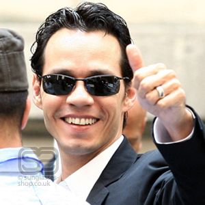 Delicieux Marc Anthony In Ray Ban