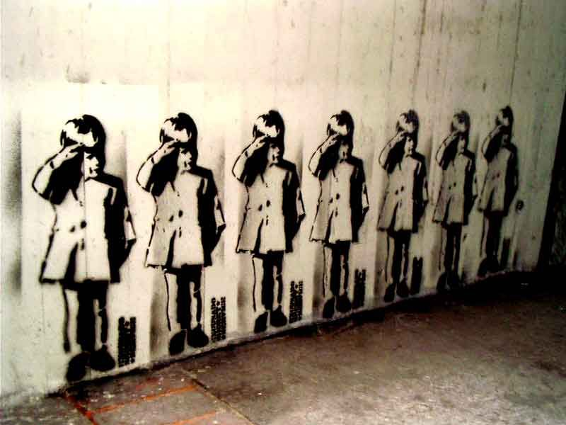 Stinkfish-street-artist-Colombia (1)