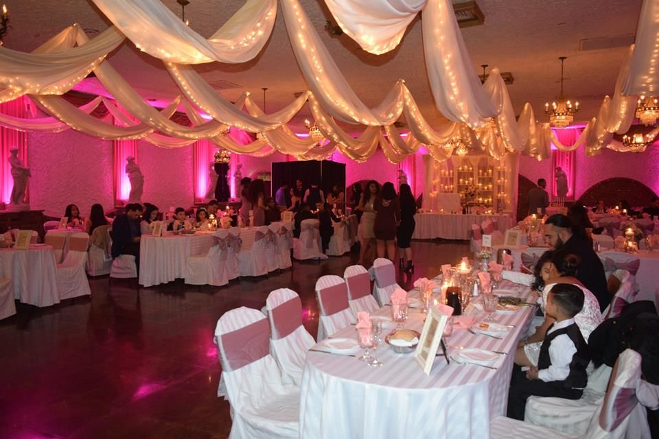 Choosing A Wedding Color Scheme Is Not An Easy Task Take This