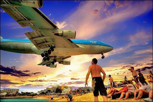klm 747 sunset landing sint maarten an general pinterest sint maarten airplanes and planes. Black Bedroom Furniture Sets. Home Design Ideas