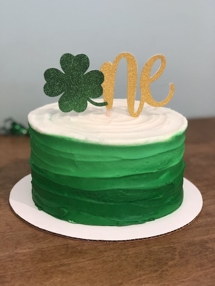 St. Patrick's Day Smash Cake St patricks day cakes