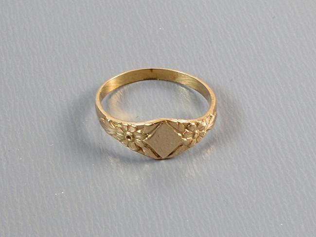 Vintage 10k Gold Ring Pinky Ring Midi Ring Size 0 Baby Ring Knuckle Ring Signed Marathon Kiddie Kraft 10k Gold Ring Pinky Ring Wedding Rings
