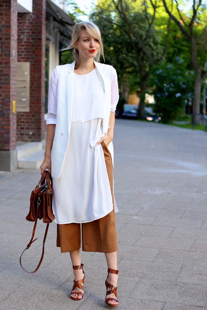 Camel Culottes & Whites   Kleidung