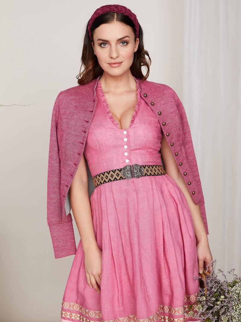 Julia Trentini Altrosa Dirndlkleid Aus Leinen Camilla Altrosa In 2020 Kleidung Diy Kleid Mit Armel Modestil