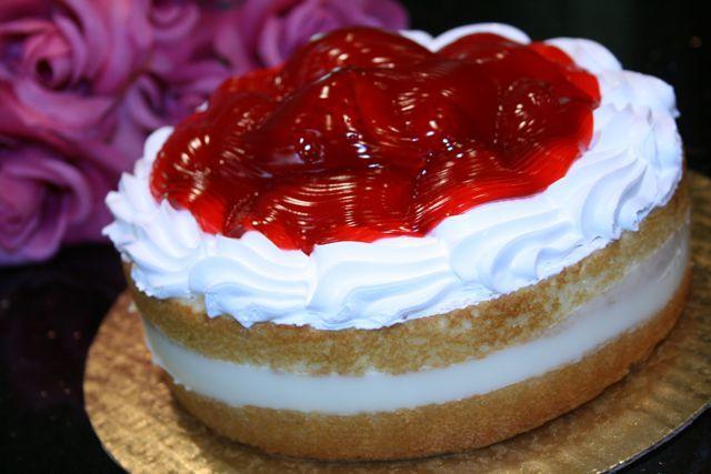 whole foods boston cream cake