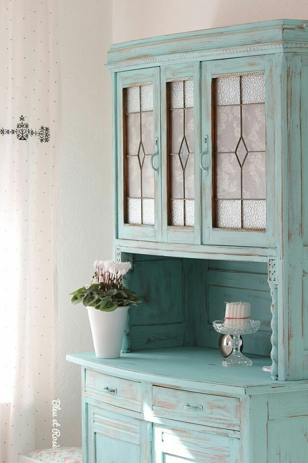 shabby chic buffetschrank aufgepimpt mit hell t rkiser farbe shabby chic pinterest. Black Bedroom Furniture Sets. Home Design Ideas