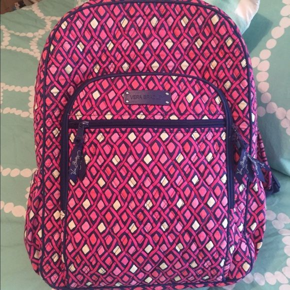 Vera Bradley backpack Excellent condition. May have been used 5 times. Vera Bradley Bags Backpacks