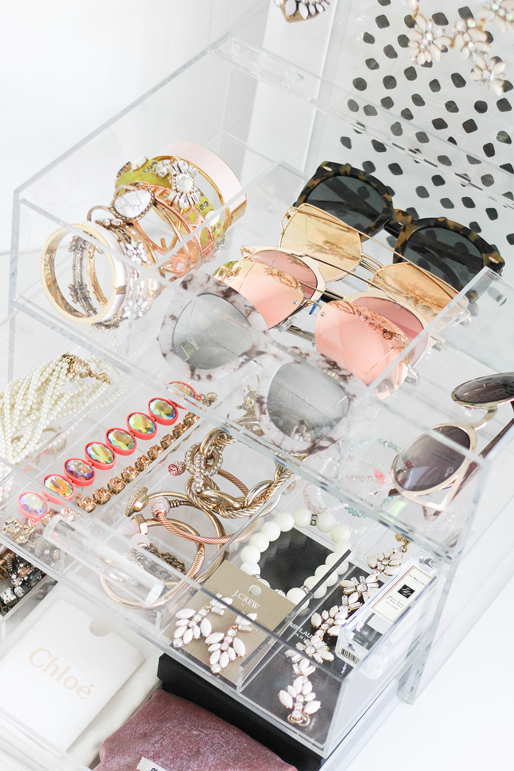 How To Organize Your Jewelry Amp Accessories With Glamboxes Organize Closet Organization