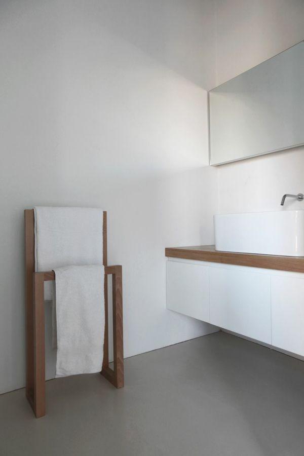Moderner Handtuchhalter für Ihr Bad mit Bildern