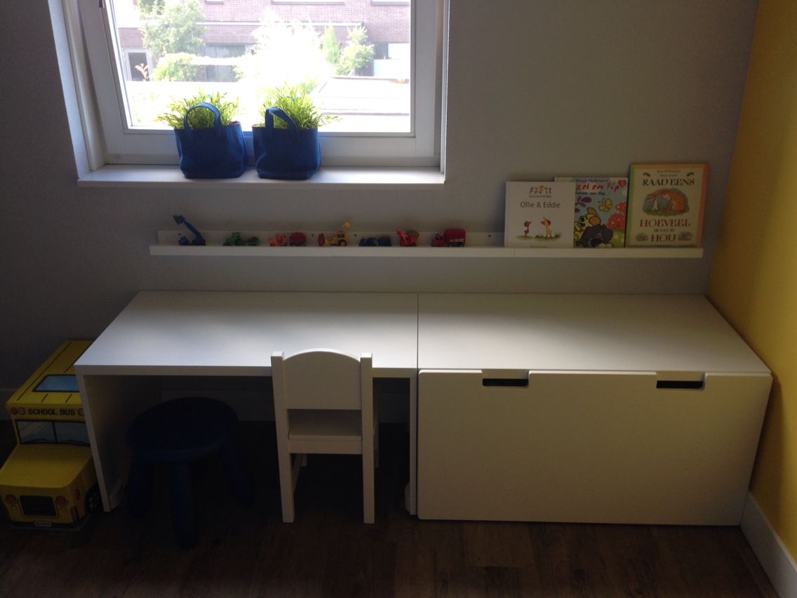 Kinderkamer Ideeen Peuter : Peuter slaapkamer werkbankje ikea kinderkamer