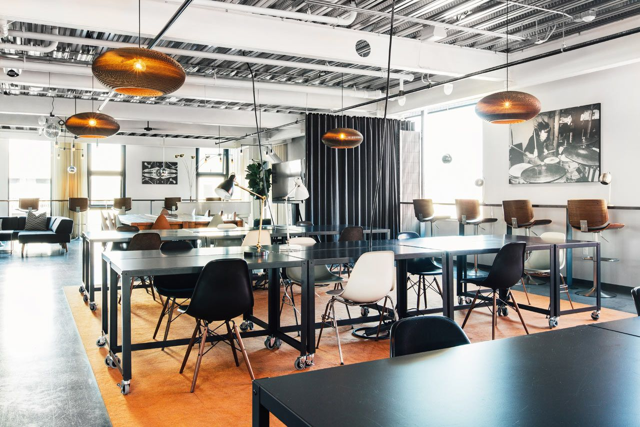 Cloud Room A Modern Shared Working Space In Seattle Office Interior Design Coworking Space Interior