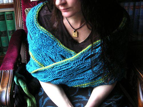 Ravelry: Möbius-Wrap by Claudia Höll-Wellmann | Crochet | Pinterest