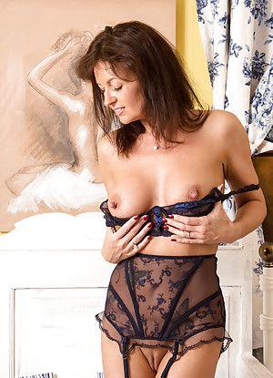 lingerie porn BBW: Lingerie - Caramel BBW - BBW Porn.