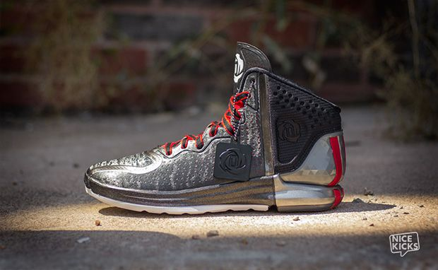 hot sale online b5653 670c3 A Closer Look at the adidas D Rose 4