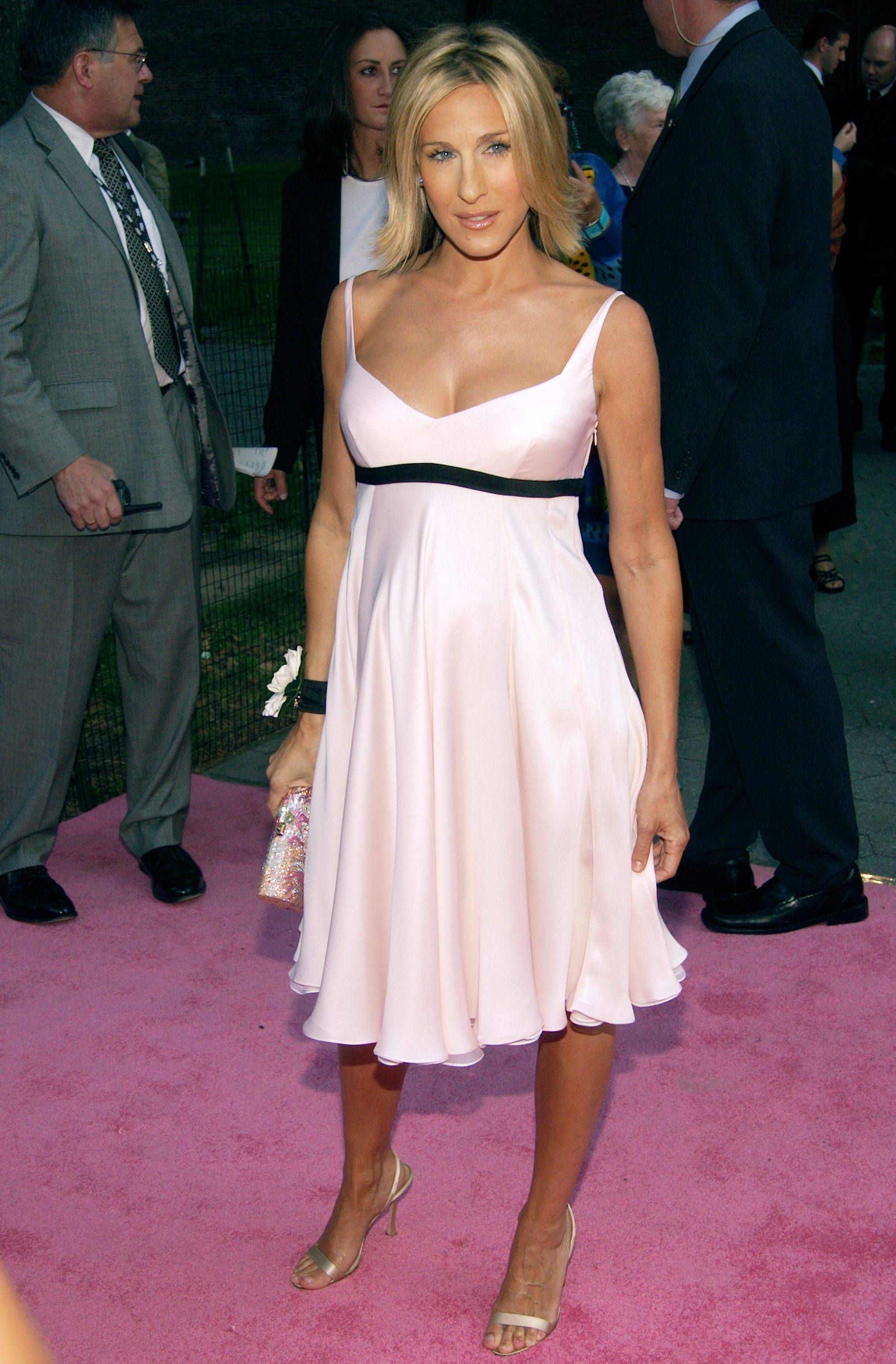 Always Loved This She Was Pregnant And Looked Amazing Sjp Sarah