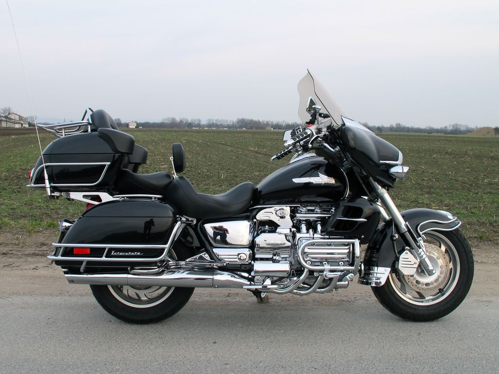 Honda valkyrie sets appears in 2000 honda f6 gl 1500 valkyrie interstate