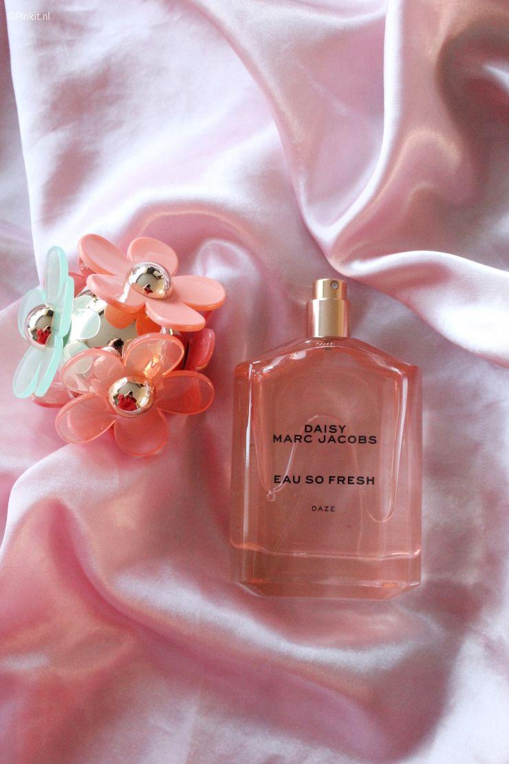 Marc Jacobs Daisy Eau So Fresh Daze Pinkit Nl In 2020 Marc Jacobs Daisy Marc Jacobs Perfume Perfume