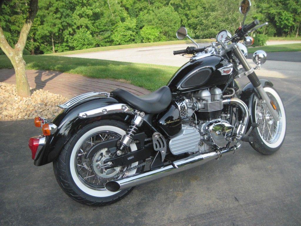 2006 Triumph Bonneville America 865cc Bobber Mikes Motorcycles