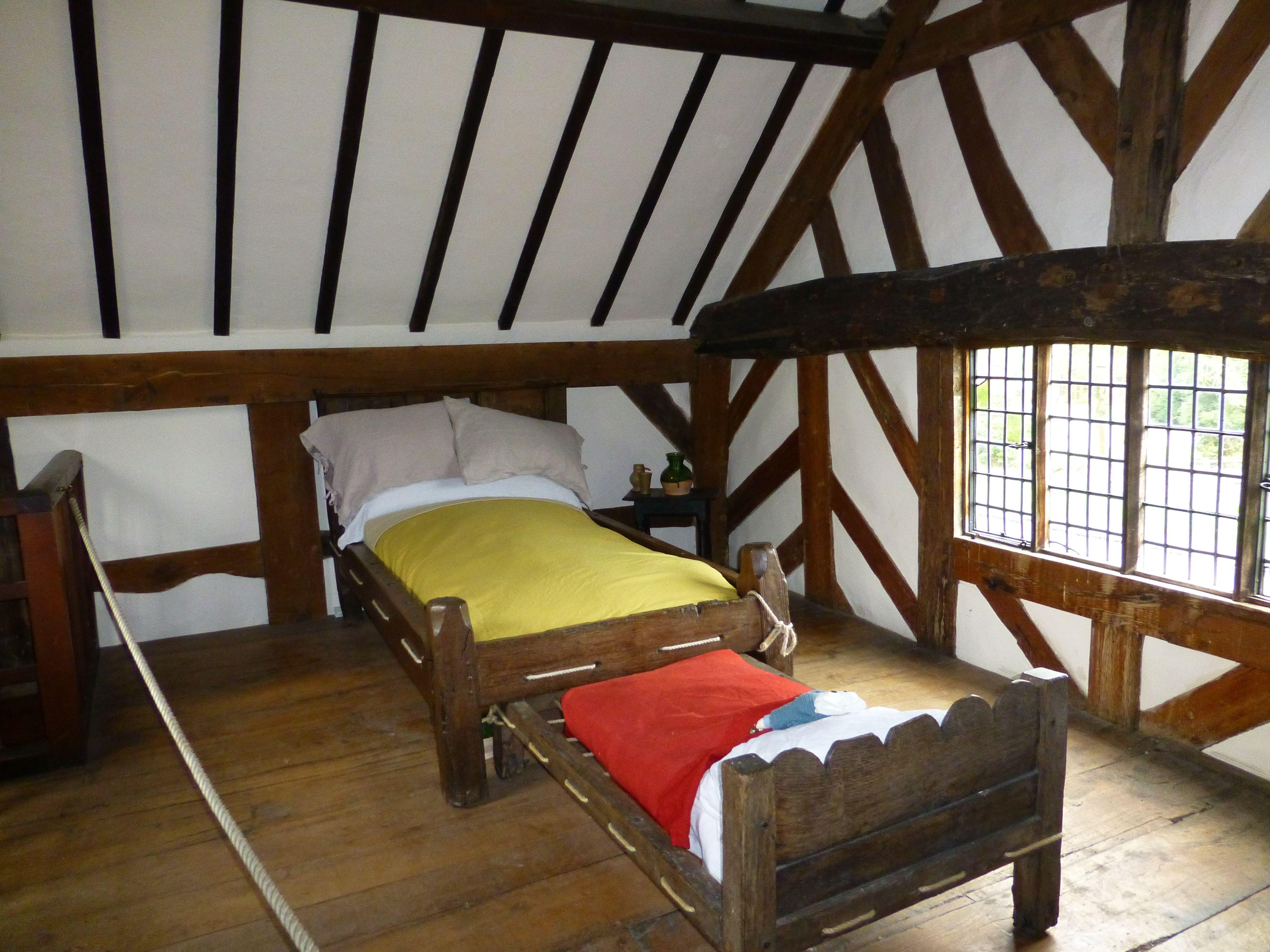 Elizabethan Era Mary Arden S Cottage Amp Farm