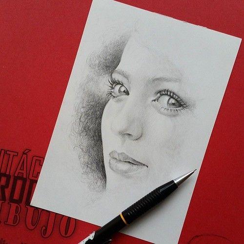 Dibujando ando... #dibujo #grafito #drawing #graphite #arte #art #robledoarte #detodomigusto