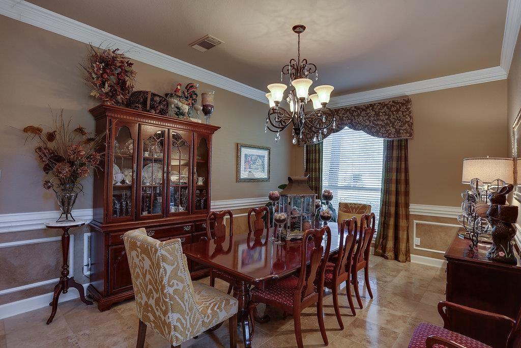 27 Gleannloch Estates Drive, Spring, TX 77379