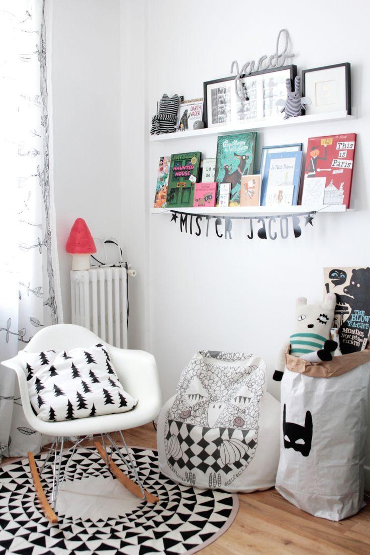 une chambre d 39 enfant black white chambre enfant. Black Bedroom Furniture Sets. Home Design Ideas