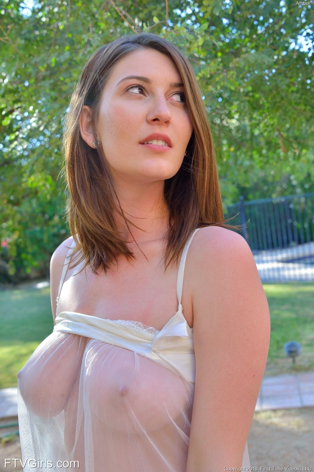 blouse seethrough sex