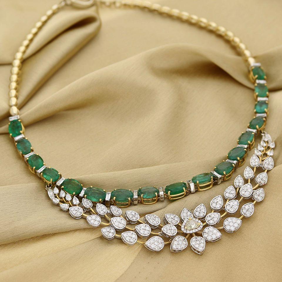 Emerald Diamond Jewellery: Manubhai Jeweller's Diamond Emerald Necklace