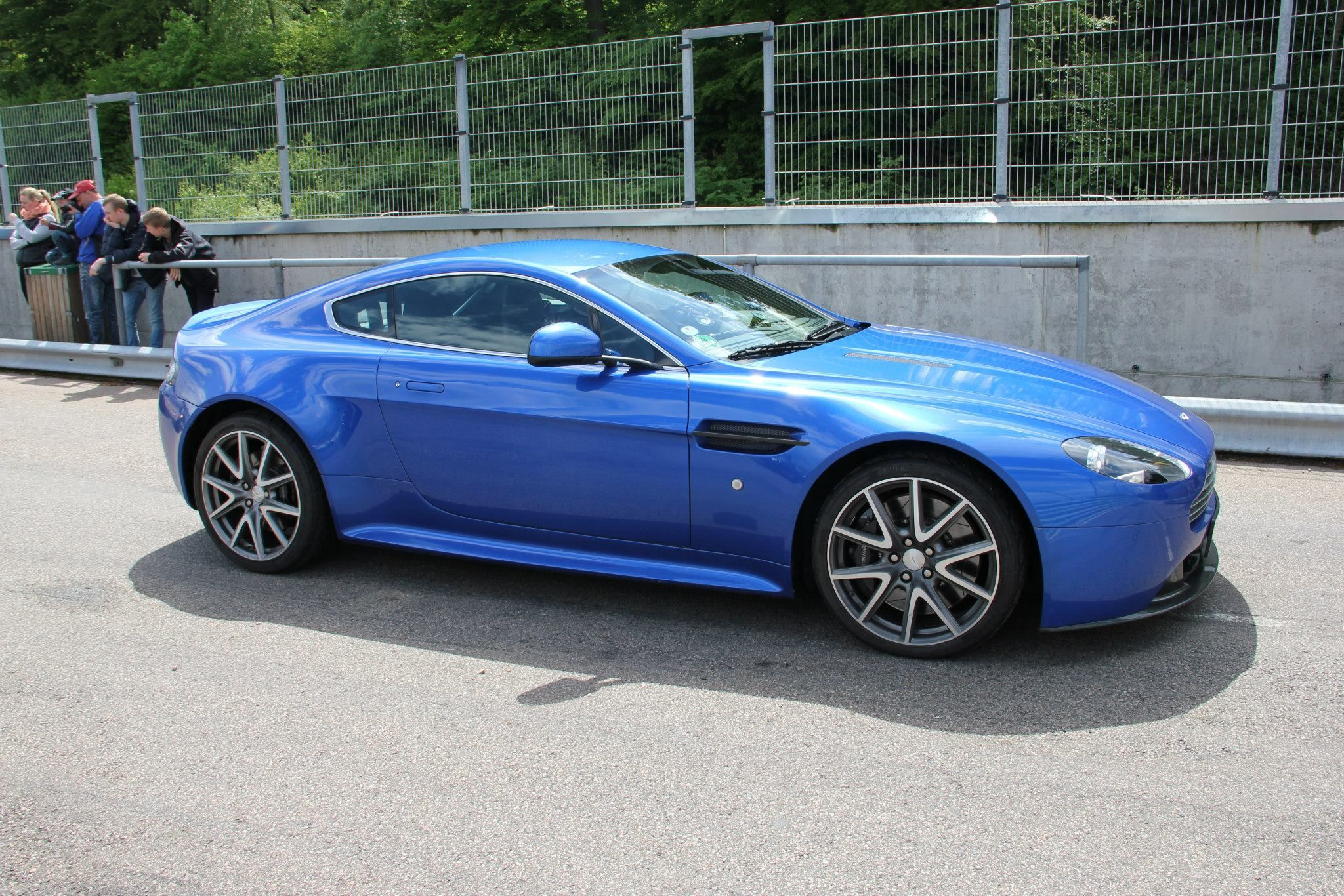 I m not usually a fan of blue cars but I looked at one of these