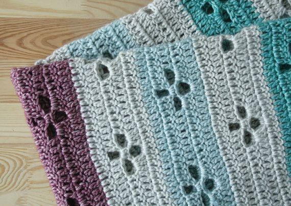 Crochet baby blanket, Hudson Bay blanket, call the midwife blanket ...