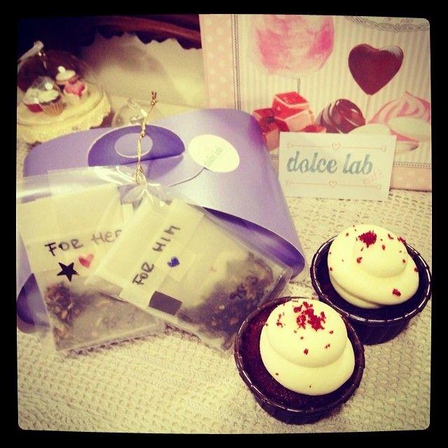 2 #cupcakes #tea e sorpresina per #sanvalentino! #dolcelab #firenze #love