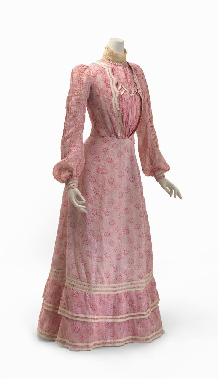 Day dress, c. 1904, National Gallery of Victoria, Melbourne. Two ...