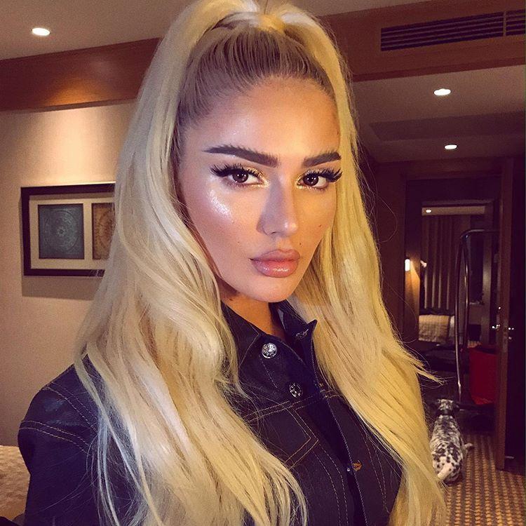 Loredana On Instagram Morning Sellmakasumoviq Kacilleshi Long Hair Styles Dark Makeup Looks Hair Styles