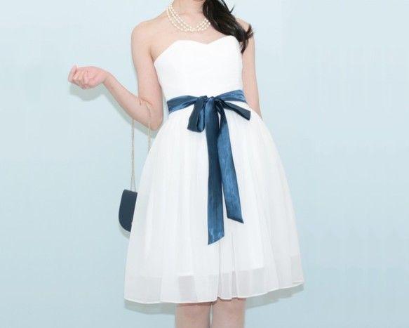 ●ITEM SPEC 商品情報さらさらした肌触りの柔らかな高級シフォンを使用したホワイトドレスです。スカートには3Mを超える生地を使用しボリュームを出していま...|ハンドメイド、手作り、手仕事品の通販・販売・購入ならCreema。