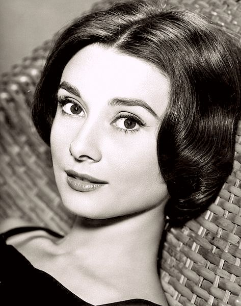 Audrey Hepburn Dans Roman Holyday 1953 Audrey Avec Son Fils Sean 1960 Audrey Da Audrey Hepburn Noir Et Blanc Portrait Noir Et Blanc