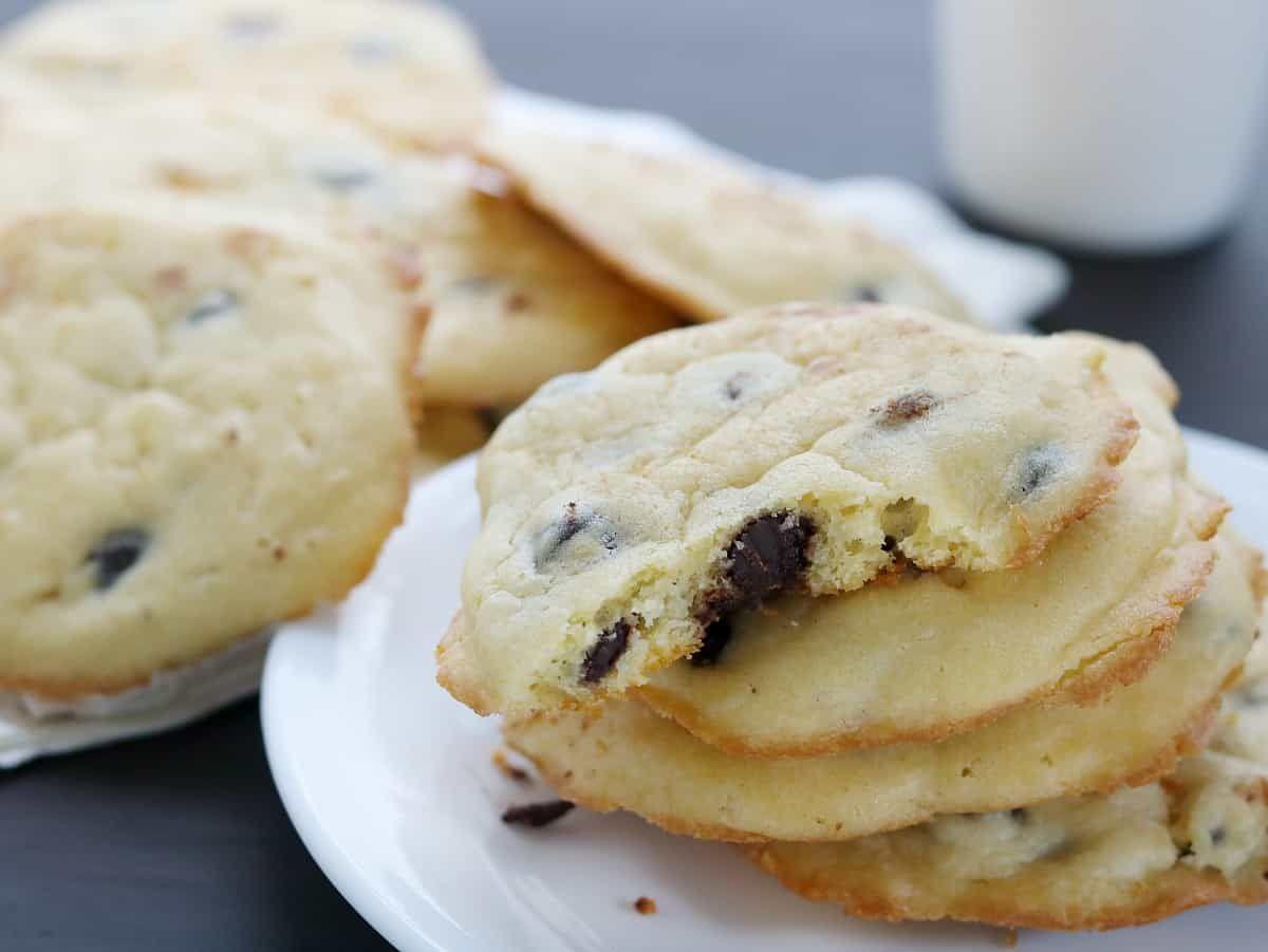 Keto Chocolate Chip Cookies Sour Cream 3 Ways Recipe Low Carb Chocolate Chip Cookies Low Carb Chocolate Chip Cookie Recipe Low Carb Cookies